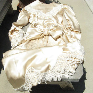 Vintage LaceTrimmed Silk Outfit
